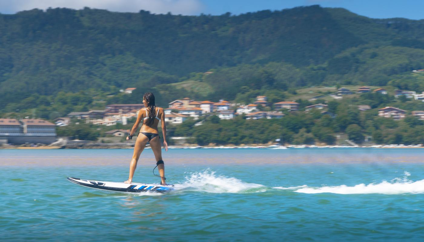 Electric surf board from 350 € (reservation 48h before)